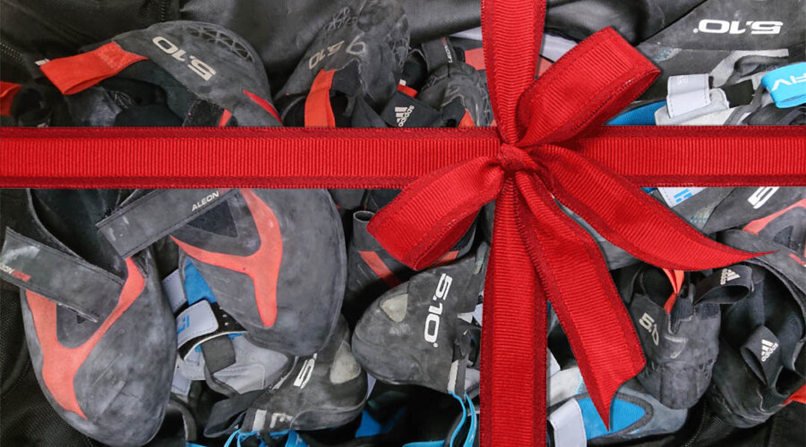 holiday shoe giveaway